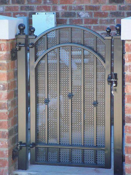 Cancello da giardino giuso, in ferro battuto