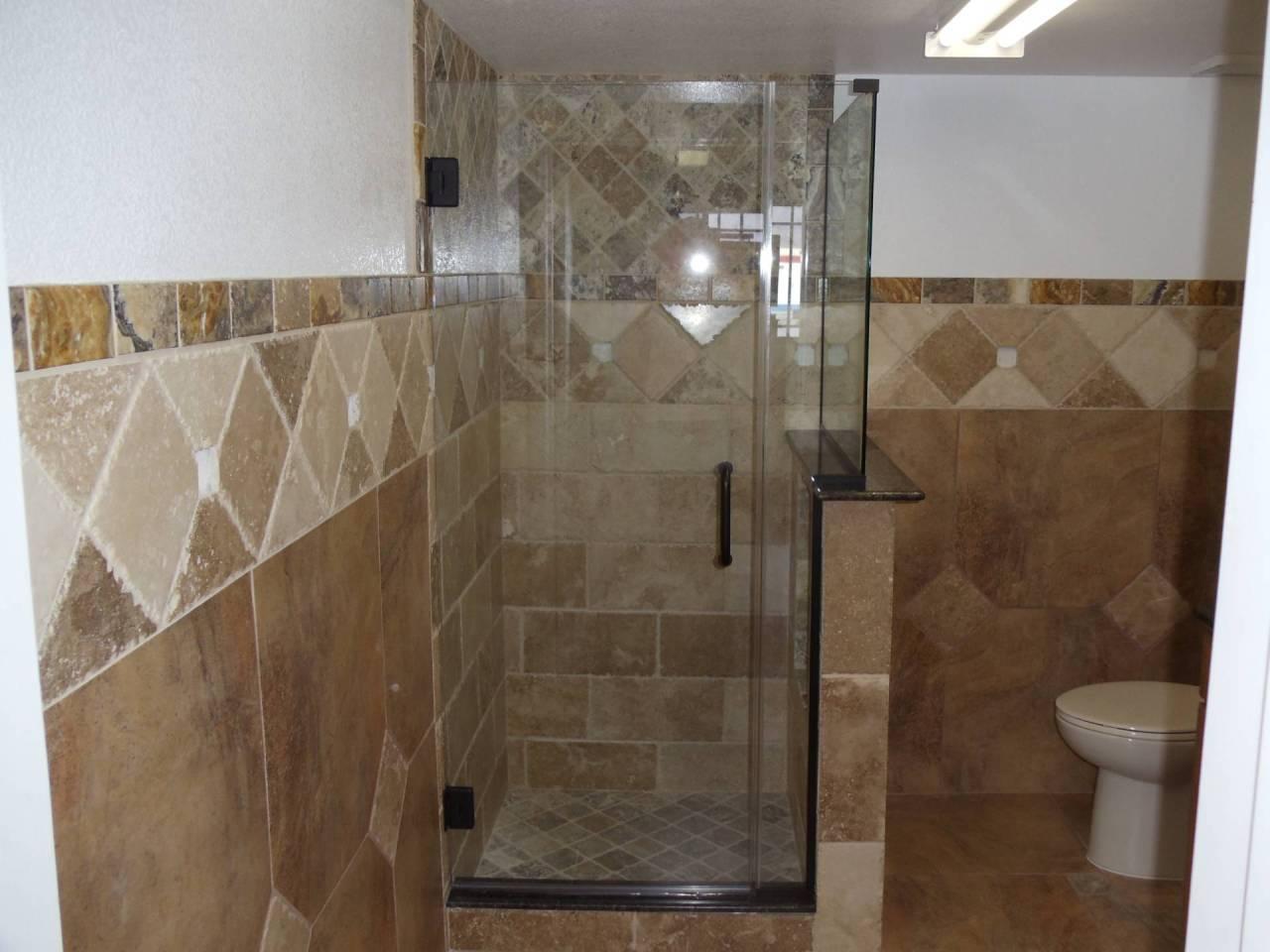 Custom shower glass door installed in Lake Havasu City