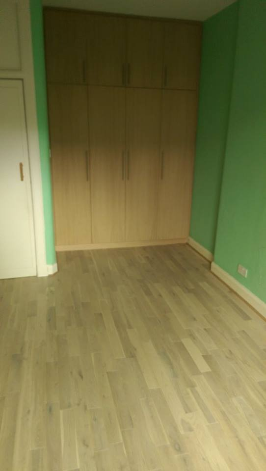 room with fitted wardrobe