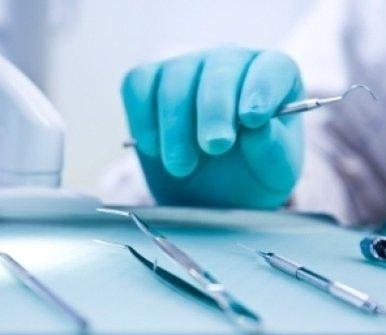 protesi su impianti, implantologia, dentisti