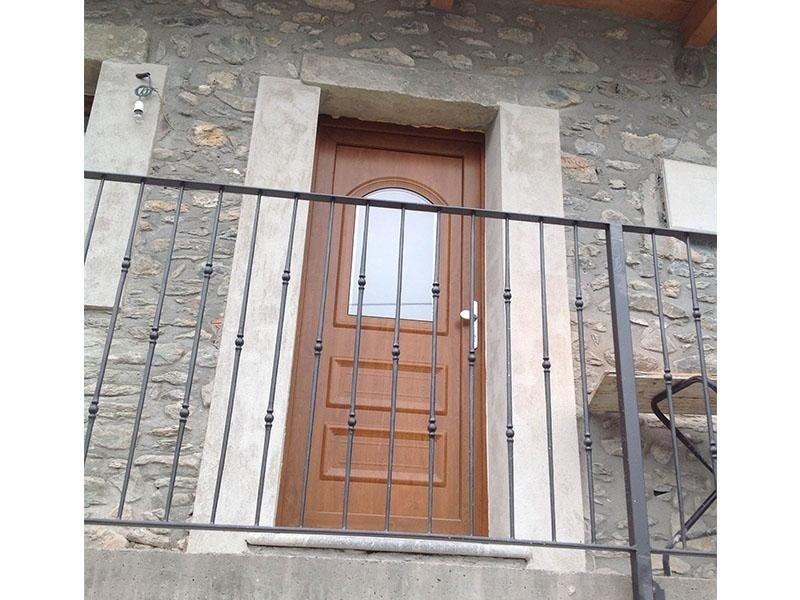 Portoncino Ingresso con cilindro Europeo di sicurezza  ( Villetta Chatillon)