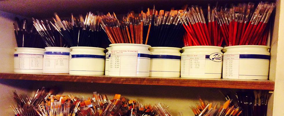 attrezzi e strumenti pittura e artisti
