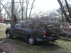 Same capacity as pickup truck