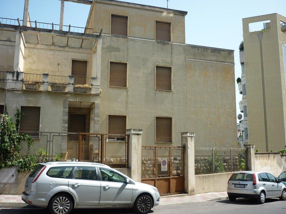 Ristrutturazione palazzina di via Brescia