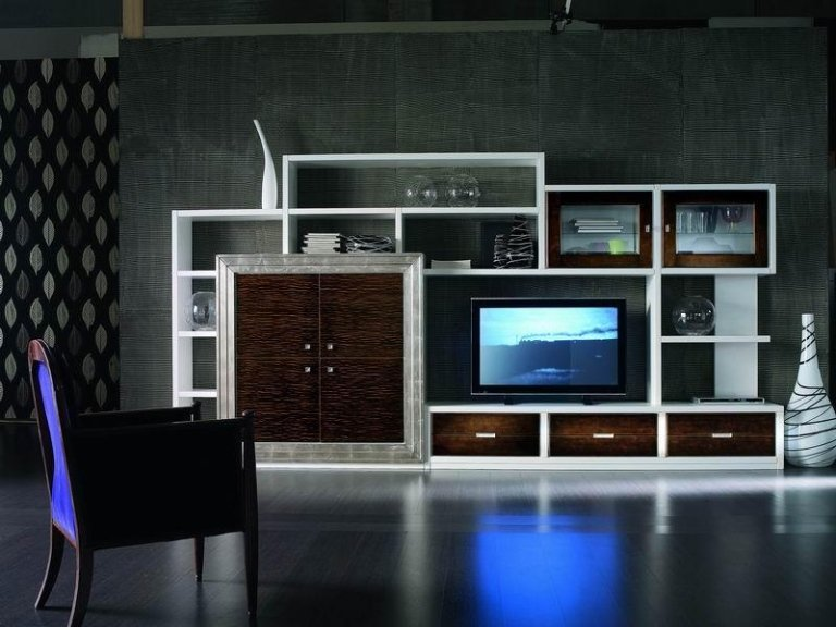 Libreria porta Tv laccata con particolari noce e argento