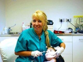 Dottssa Ortodonzia Implantologia Chirurgia Lenka Korena