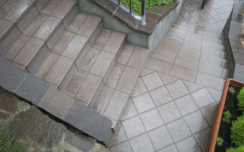 Posa pavimenti esterni lecco