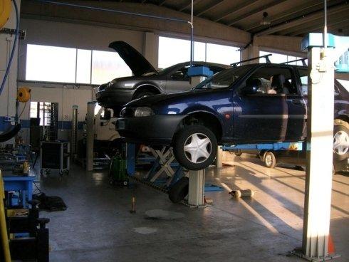 auto blu e grigia