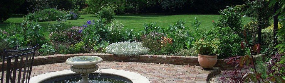 Hedge Cutting - Cambridge, Cambridgeshire - GWB Horticulture - Horticulture