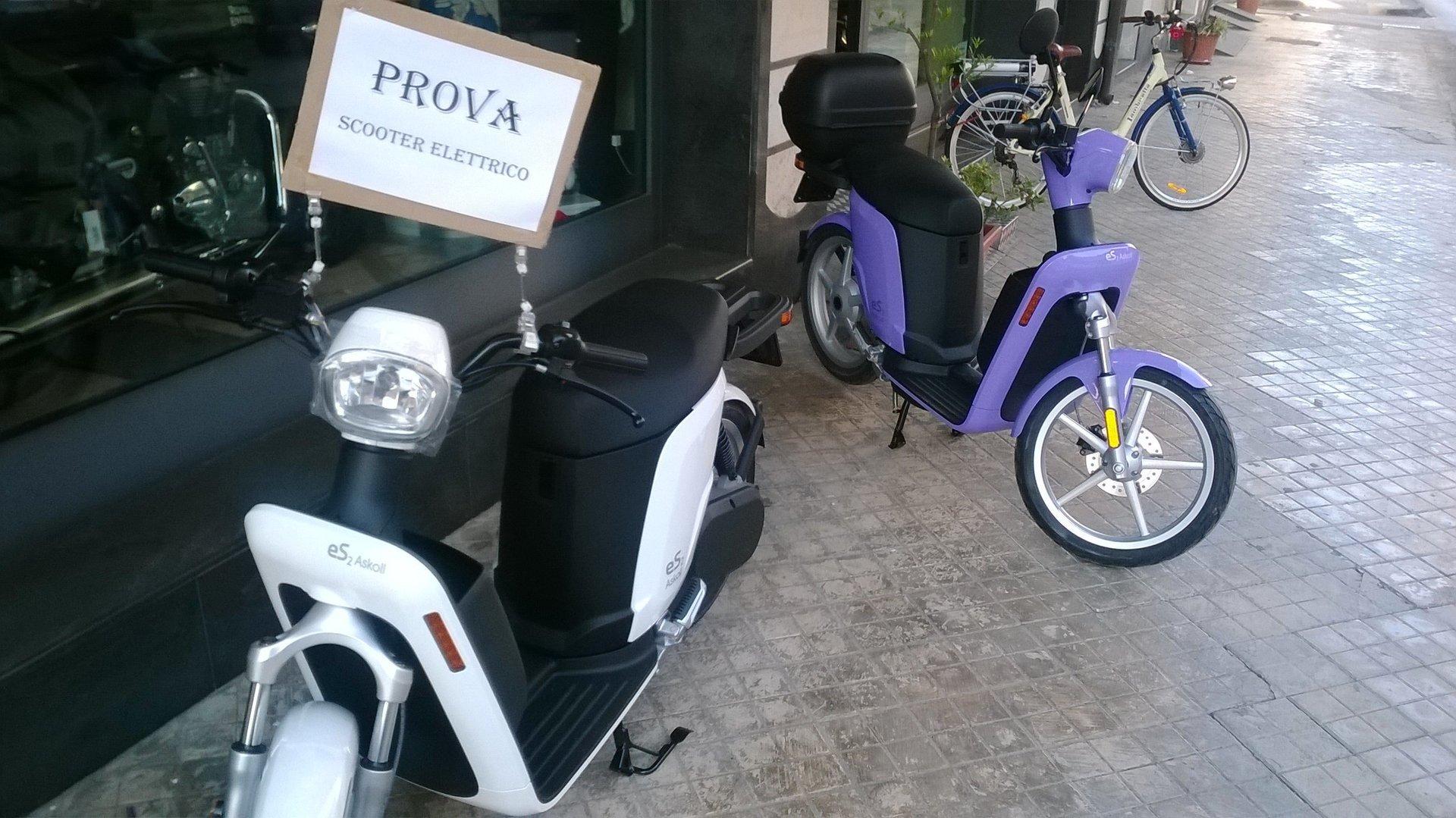 degli scooter elettrici