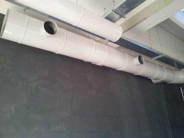 Tubi installati all'interno della nave