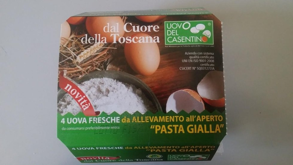 uova da galline allevate all' aperto