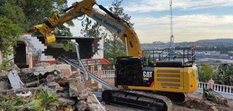 ascot demolition construction equipment