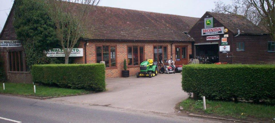 H Wallis Ltd shop front