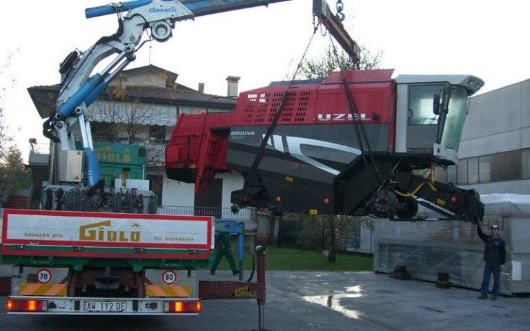 Trasporto macchine per industria