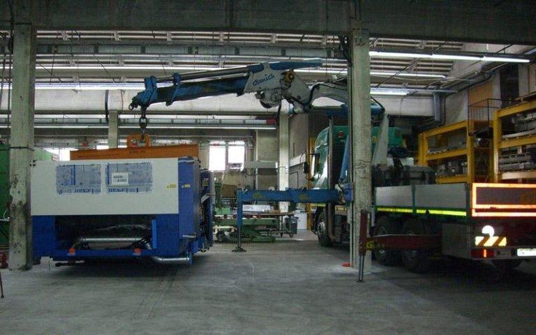 Movimentazione e posizionamento attrezzature industriali