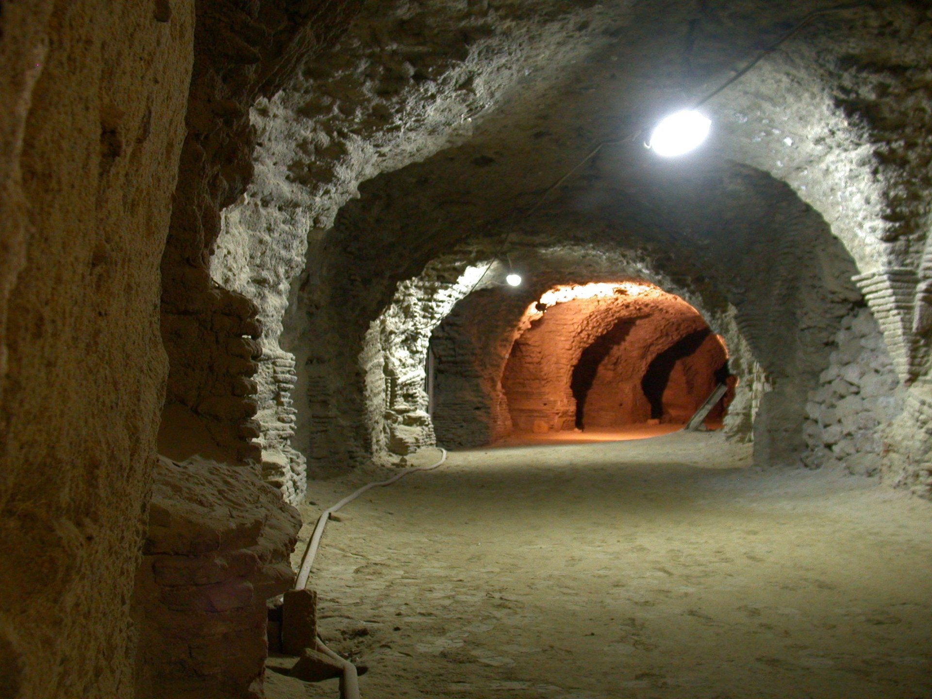 ingresso anfiteatro romano