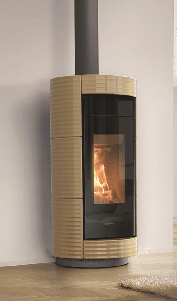 stufa a legna color legno