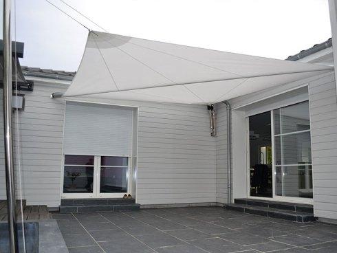Tenda A Vela Per Terrazzo : Tende a vela per giardini firenze toscoplast