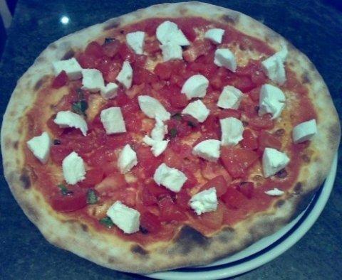 ambiente climatizzato, pizze per asporto, insalatone