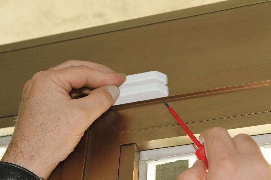 sensori a contatto per finestre e porte