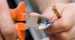 intervento di manutenzione impianto elettrico
