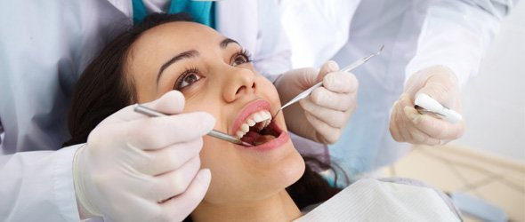 Tooth extractions being performed in Brisbane