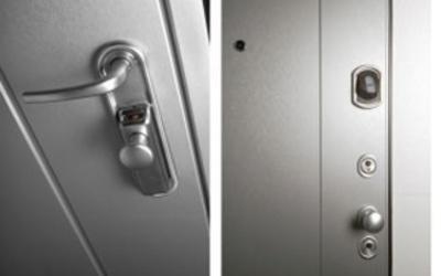 Porte blindate con pomello o maniglia