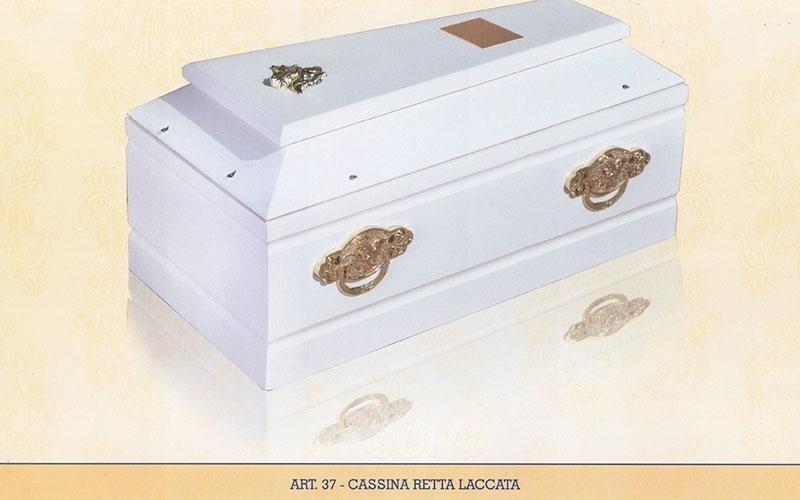 cassina retta laccata 37