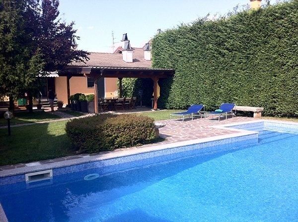 Villa di civile abitazione in Pieve Porto Morone (PV)