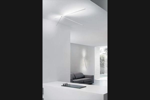 lampada da parete salone