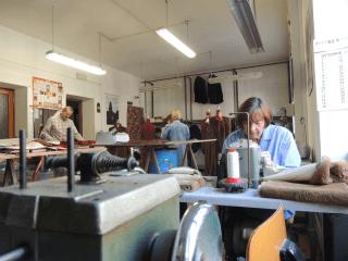 Laboratorio artigianale di pellicceria