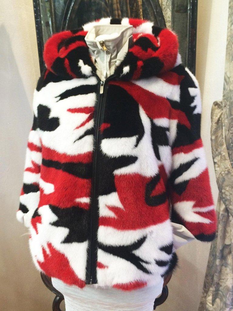 Giacca visone rosso, bianco e nero