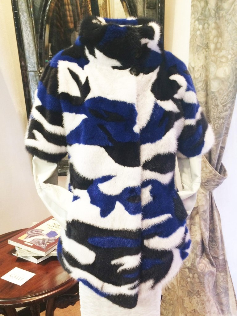 Gilet visone blu, bianco e nero