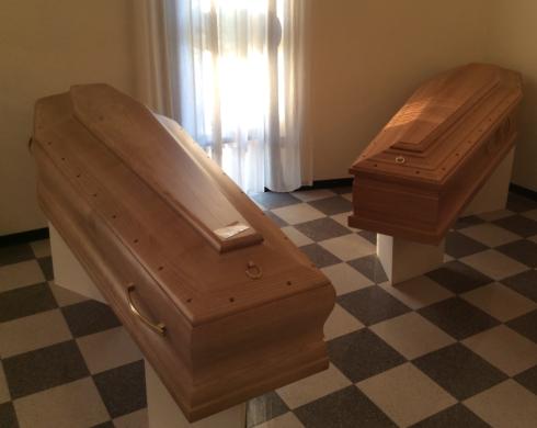 Cassa Fumenbre in legno di Frassino