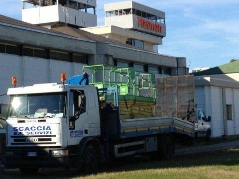 mezzo di trasporto merci