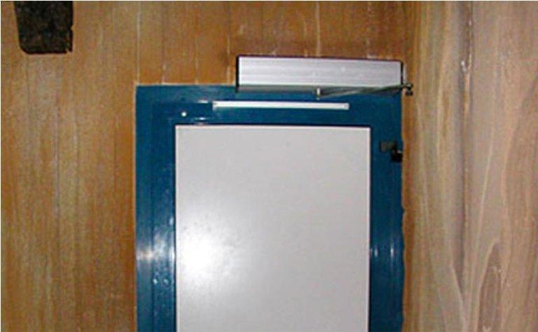 porta automatica ad apertura singola per interni
