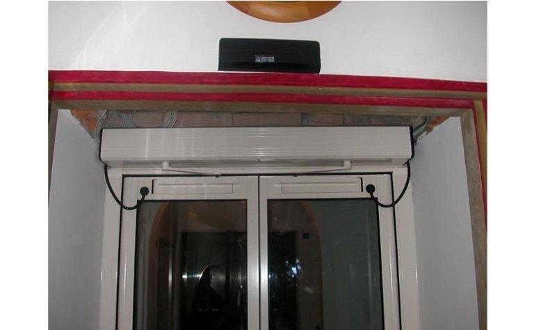 porta automatica a doppia apertura laterale