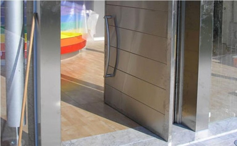 porta automatica ad apertura singola