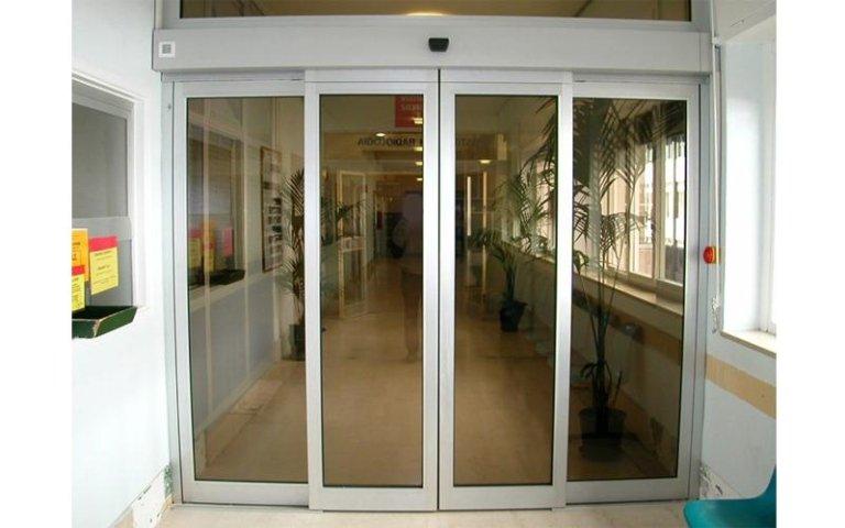 porta ospedaliera stagna 10