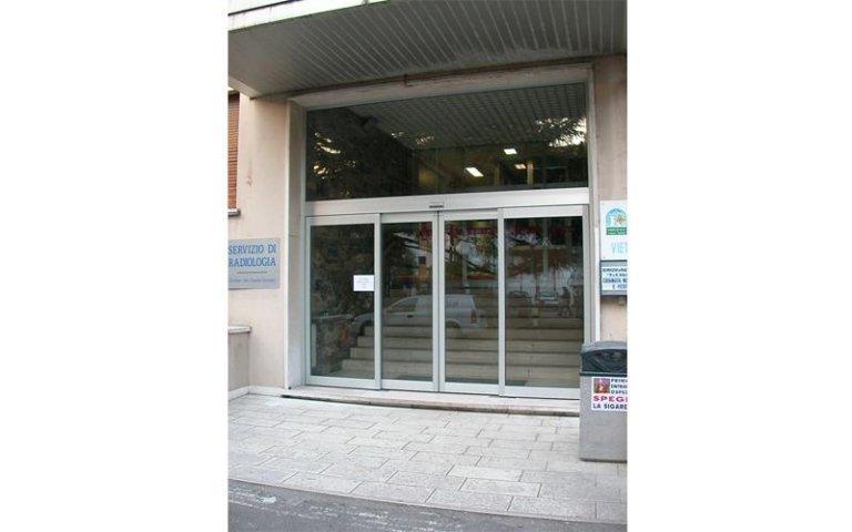 porta ospedaliera stagna 8
