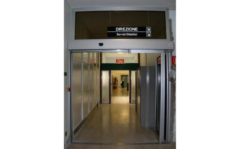porta ospedaliera stagna 3