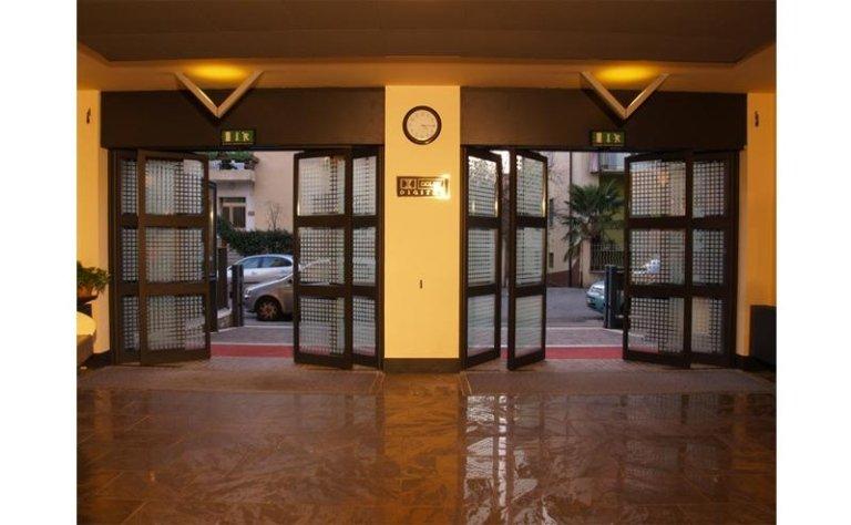 Sistema di uscita di sicurezza automatica 4