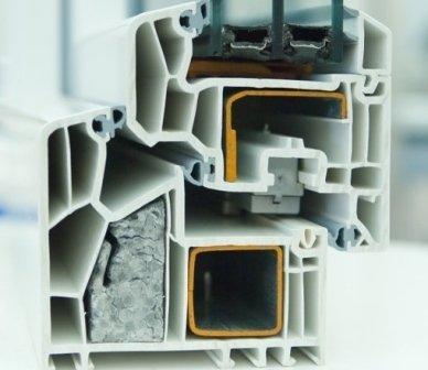 Produziione propria profili in alluminio, tende, zanzariere, finestre, serramenti