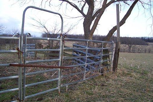 aluminum fencing material