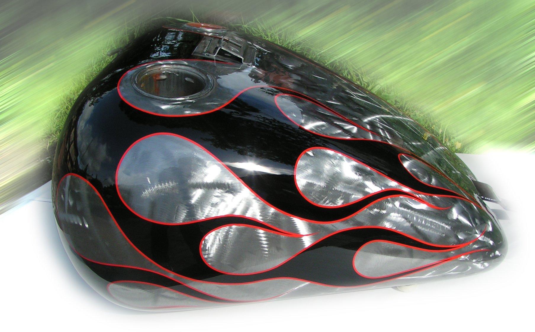 serbatoio harley davidson grigio e nero