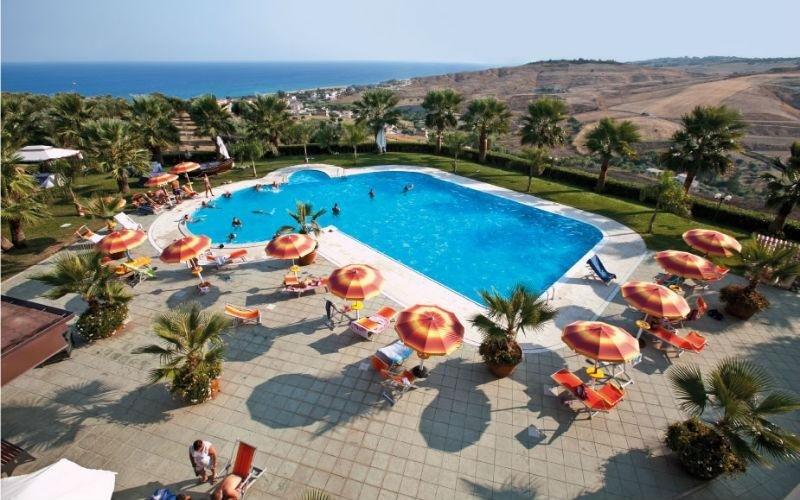 piscina per hotel