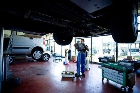 riparazione di vetture