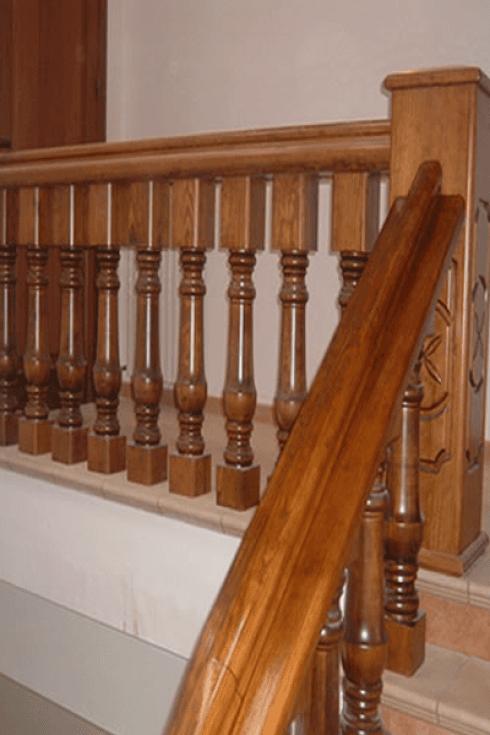 Ringhiere in legno classiche