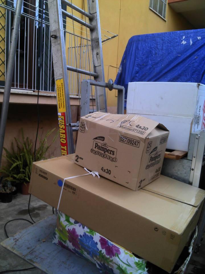 degli scatoloni
